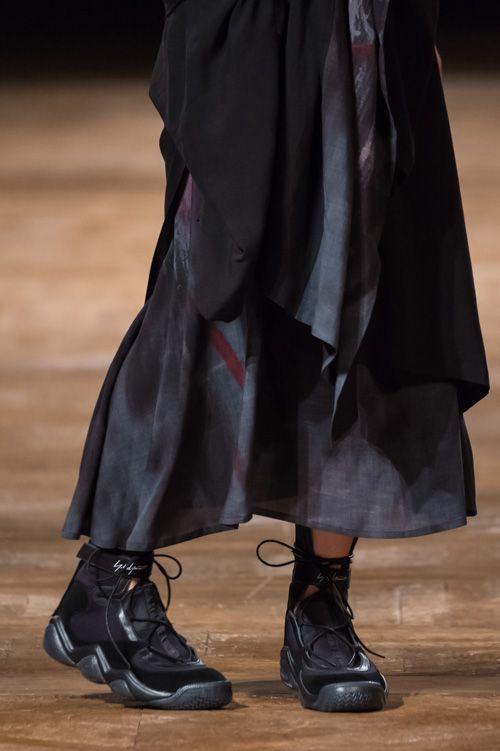 ヨウジヤマモト(Yohji Yamamoto) 2016年春夏コレクション Gallery33 - ファッションプレス