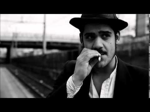 Alessandro Mannarino sinnò me moro - YouTube