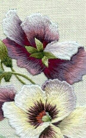 Hand embroidery flower shading long and short stitch