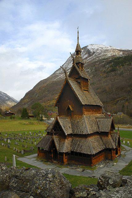 Borgund Stave Church in Lærdal, Norway (by Dënny).