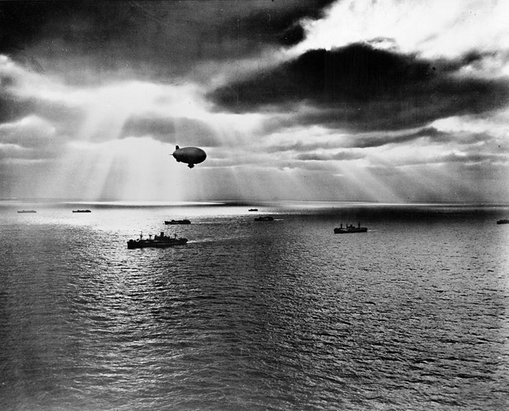 USN blimp over Atlantic convoy 1943: United National, National Convoy, Moving Peace, Enemies Submarines, Astound Airship, Convoy Moving, Atlantic Finding, War Ii, Navy Blimp