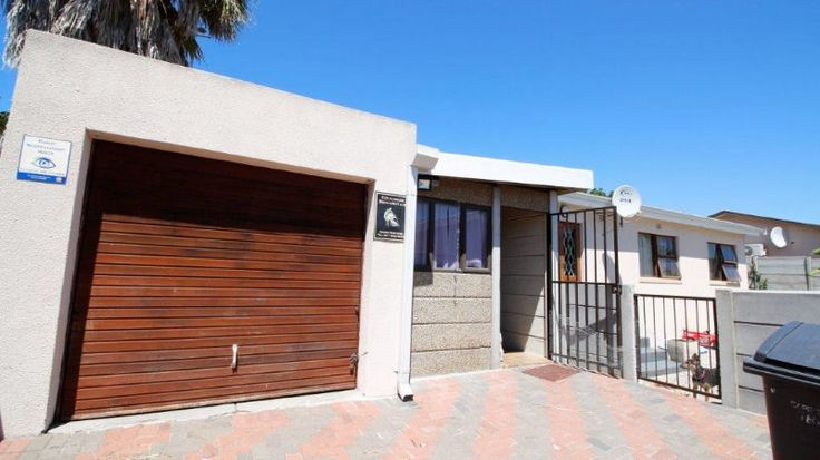 Close to the Spar in Protea Heights,  15 m drive to StellenboschTucked behind the security of the gates lies a lovely house. This home is perfect for a young family. Its priced to go3 Bedrooms with built in cupboards,  1.5 bathrooms, Open plan kitchen and lounge,  braai room, parking behind gatesContact Marietjie 0843333244