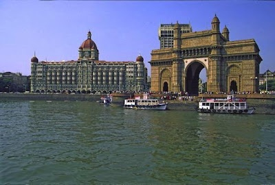 Mumbai is the world-famous city of India. Earlier, it was identified as Bombay the capital of Maharashtra, India and trade capital of India. This most popular metropolis of India is the 4th the most crowded city in the earth. The average population of Mumbai is around 20.5 million plus. The neighbor cities of this metro city are Thane and Navi Mumbai. This Indian tourist place lies on the western coast of India. Natural harbor is the best spot to watch in Mumbai.