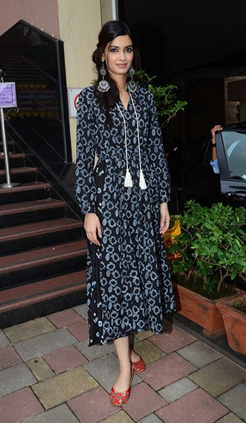 Diana Penty in a Jodi dress, Ritika Sachdeva earrings and Fizzy Goblet jootis.