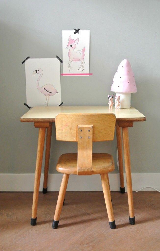 Retro houten schooltafeltje / Kid's desk