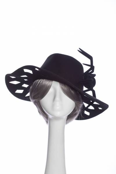 Hats and head accesories that put a big smile on your face during those rainy and gloomy days of autumn! #millinery #fashion #designer #fall #style #HouseOfNITASAO