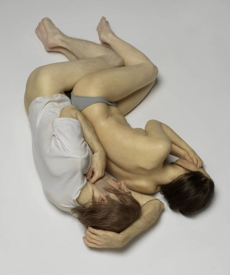 Ron Mueck, Spooning Couple,  2005