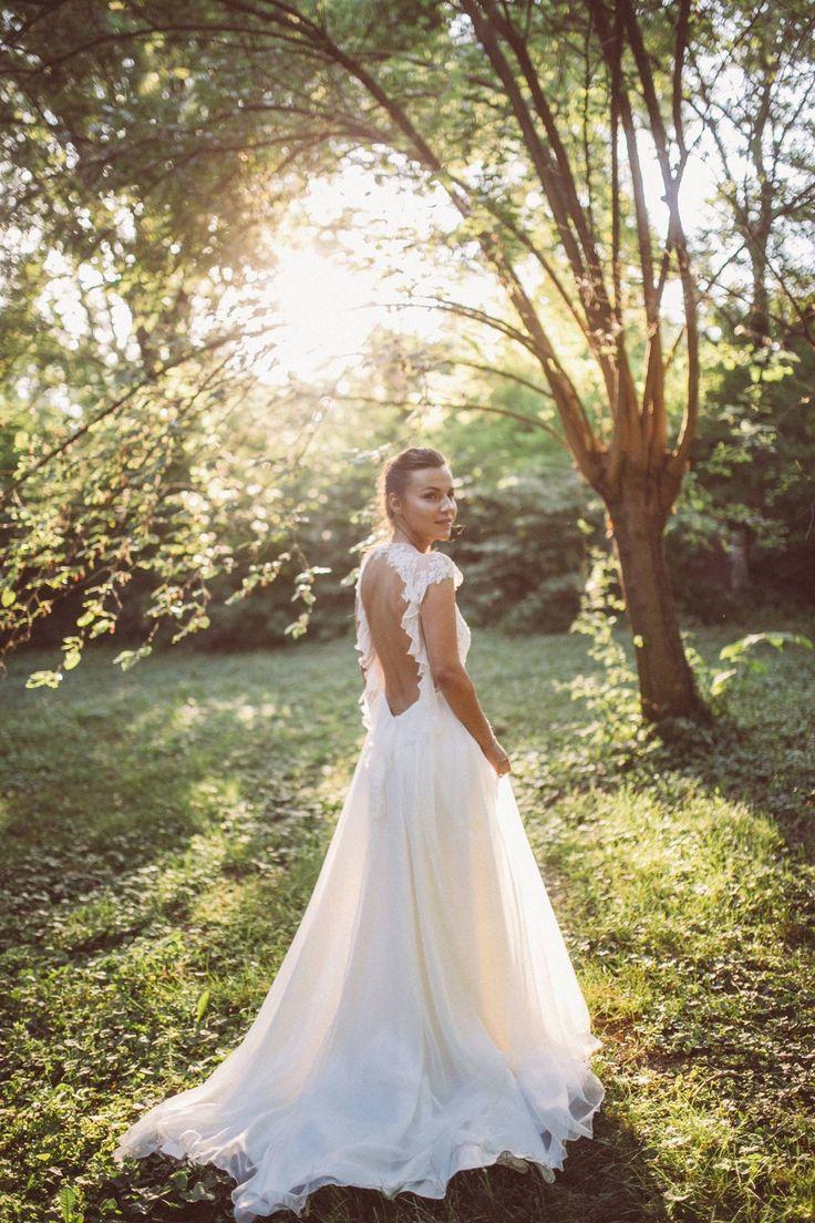 Judit is wearing Nora Sarman Bridal wedding dress