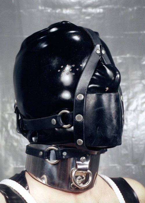 rubber bondage gags hoods