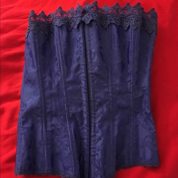 Fredericks of Hollywood corset 32 Worn 2x as a top Frederick's of Hollywood Tops