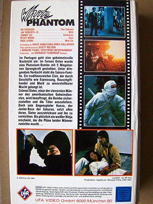 WHITE PHANTOM (Dusty Nelson, Jay Roberts Jr, Page Leong & Bo Svenson, US/VS, '87, Overseas Filmgroup), PAL VHS, DEUTSCHLAND/GERMANY (EU) #UFA #gothic #vuurwapen #EU27 #Erasmus #Brexit #Brexshit #nostalgie #Trump #arthouse #bohemian #indie #Munich #München #Merkel #Macron #elokuvat #toiminta #Bmovie #sweded #Medusa #Ram #Kreeft #Leeuw #Vissen #Aries #Cancer #Leo #Pisces #Mesha #Karka #Simha  #Meena #ninja #Schwert #zvaard #miekka #kapinalliset #αντάρτης #Partizan #Sundance #Alchemy #Nu #Image
