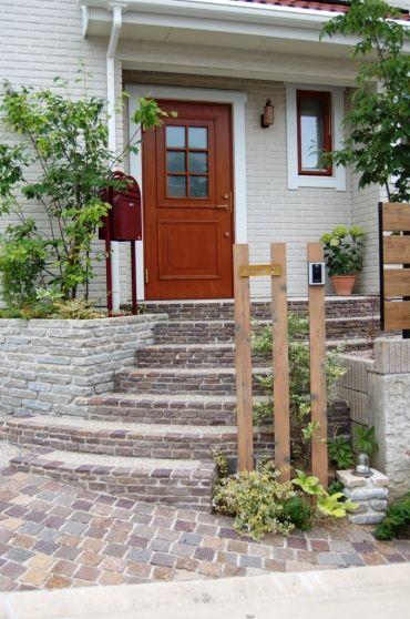 オープンエクステリア施工事例 / 天然石、ボビ、スウェーデンハウス、名古屋市 外構