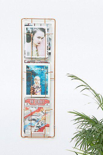 Porte-magazine mural en cuivre à trois étages - Urban Outfitters