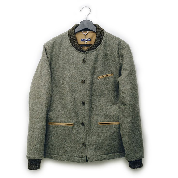 Khaki green Teddy Jacket from Fleurs de Bagne In 100% wool. Made in Hervier Productions in Chatillon-Sur-Indre, France.