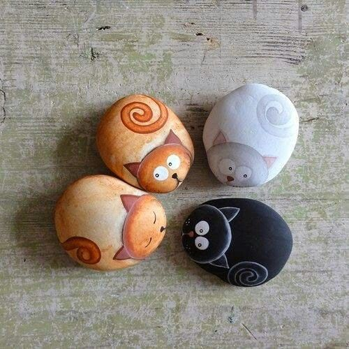 PAINTED ROCKS CATS - USE IN FAIRY GARDEN