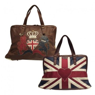 Fabulous stylish weekend bag with the magnificent Constantine Union Jack design embroidered on one side in faux leather.  Delivered worldwide.