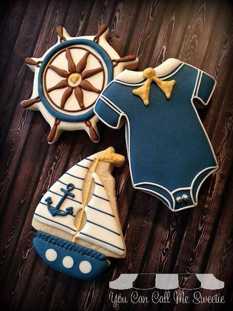 Great nautical sugar cookies. I love the way the way the ship's wheel is done in particular.