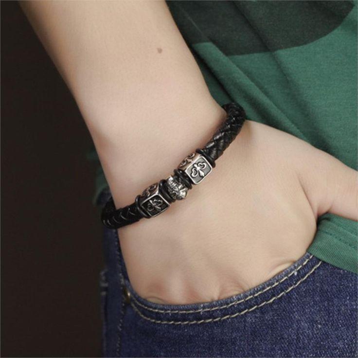Stainless steel Skull leather bracelet.