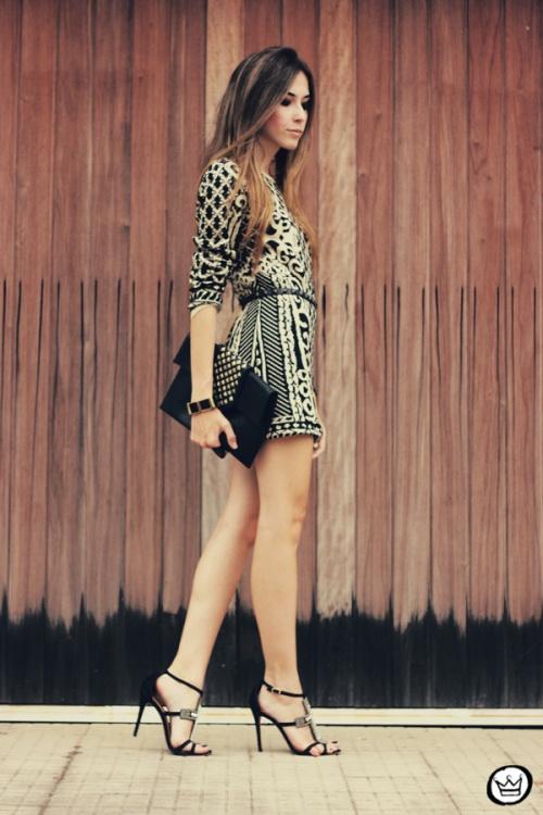 FashionCoolture - 29.04.2013 look du jour Romwe  dress barroque Schutz (4)