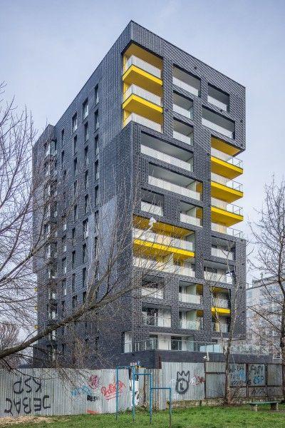 Rebel One un edificio ribelle  I mattoni di grigio danno un tocco diverso e creano, nelle terrazze, effetti di luce particolari.  http://bit.ly/architettura_Maggio  #ArchitetturaDelMondoMaggio