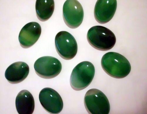 grüner Achat Cabochon 13x18 mm, 1 Stück von azurit_Schmuckzubehör auf DaWanda.com