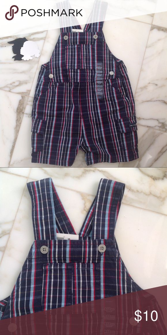 """Old navy overalls 6-12m NWT Old navy NWT size 6-12m Measurements: 19""""L 10""""W (armpit to armpit). Perfect for 4th of July or Memorial Day Old Navy One Pieces"""