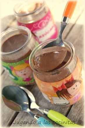 JUGANDO A LAS COCINITAS: Yogures de chocolate (Thermomix)
