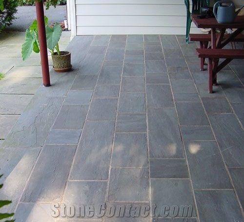 Pennsylvania bluestone natural cleft patio from united for Bluestone front porch