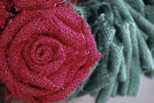 How To Make Burlap Flowers  Check out this great tutorial on How to Make Burlap Flowers! Super easy and they turn out so cute!    I had several requests for how I made my burlap roses on my Christmas wreath. They are actually very similar to my felt