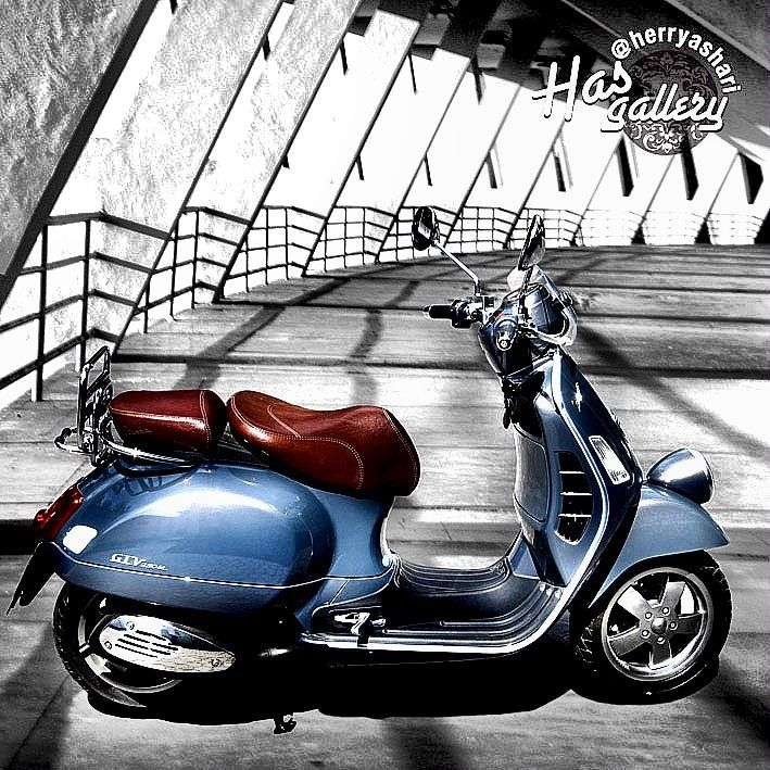 """My Lovely Vespa"" Vintage model GTV 250ie 2007"