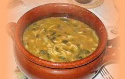 Minestra di ceci - Questa è una ricetta semplice da eseguire per preparare un'ottima minestra di ceci. Molto leggera ma nutriente, vista la presenza della pasta, può diventare anche un piatto unico