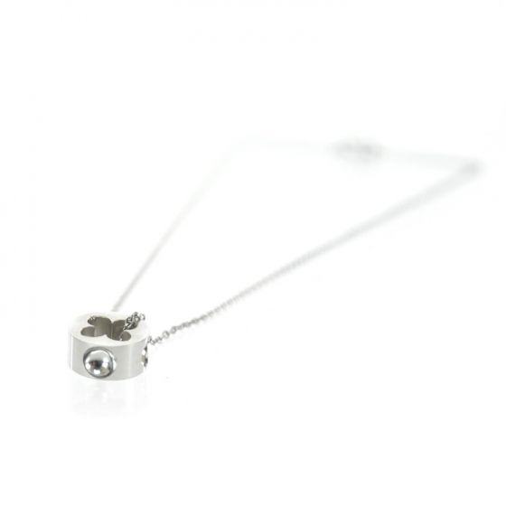 This is an authentic LOUIS VUITTON Empreinte White Gold Pendent Necklace.   This sunning necklace is crafted of white gold.