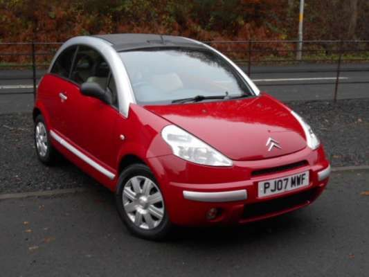 Used 2007 (07 reg) Red Citroen C3 Pluriel 1.4i Exclusive 2dr for sale on RAC Cars
