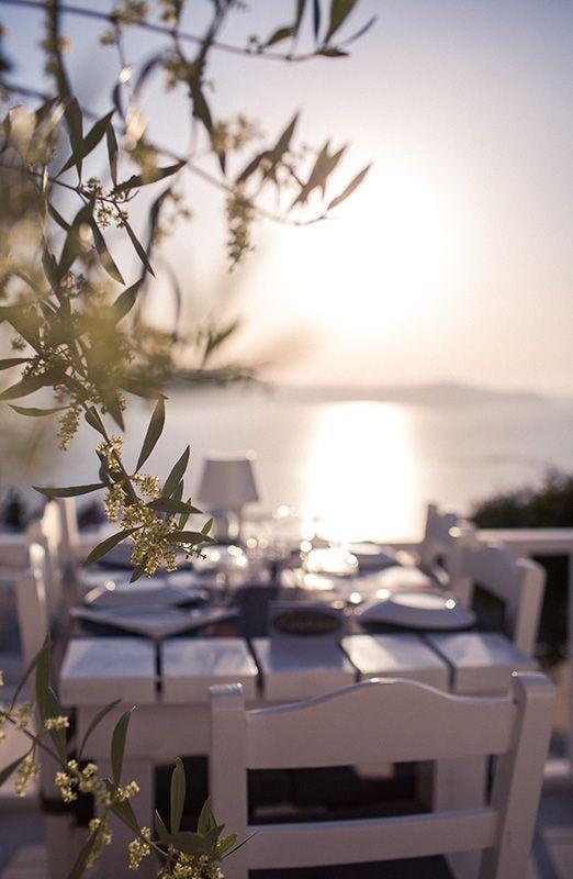 www.thesantoriniexperience.com | Famous restaurant visit