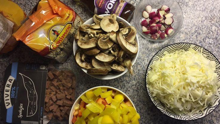 recept, vegan recept, vegan noodles, vegan noodles recept, vegan gerecht, vegan kaatsheuvel, vegan eten, veganistisch eten, veganistisch kaatsheuvel, vegan brabant, veganistisch brabant, recepten, wok noodles, teriyaki, vivera, plantaardig recept, lactosevrij recept, dani and mom, daniandmom, groente, moestuin, eten uit de moestuin, eten uit moestuin, radijsjes, moestuin recept