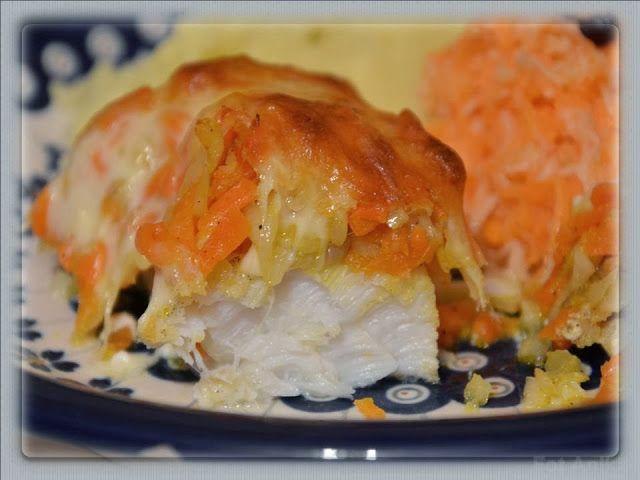 Domowa kuchnia Aniki: Dorsz zapiekany pod jarzynowo - serową pierzynką
