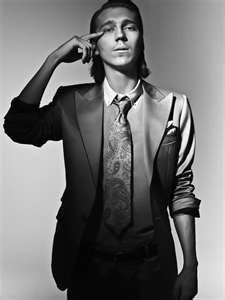 Paul Dano. Just a really great actor, and particularly in the twisted villain dept.