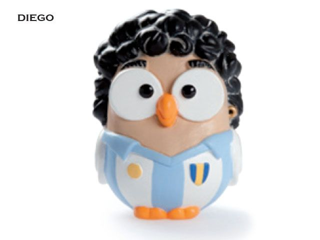 Il gufo Maradona prodotto da Egan è un'imitazione simpatica e originale del più grande calciatore di tutti i tempi, Diego Maradona, che ha fatto del calcio una vera e propria passione.Prezzo: €  19,80. Visita il nostro sito  www.righouse.it per scoprire altri incredibili prodotti nel nostro shop on-line.