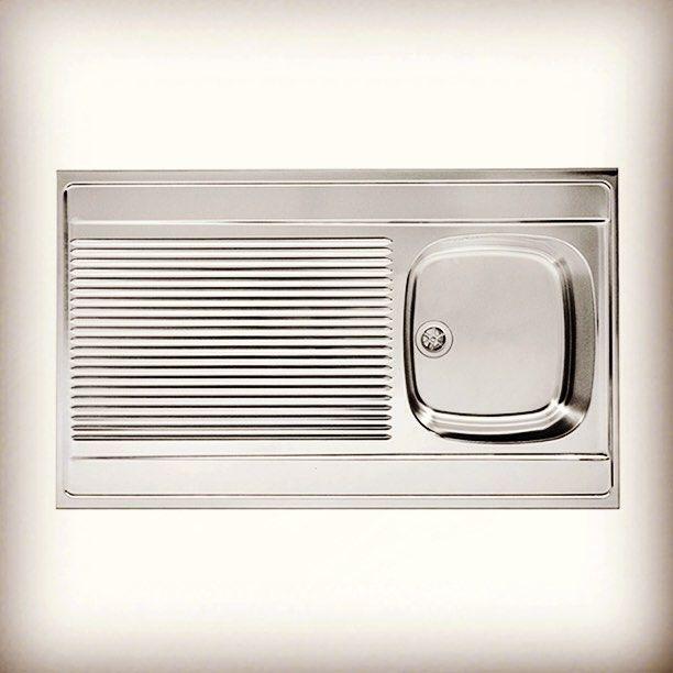 Мойки для кухни #Franke DSX 711 с просторным крылом: приобретайте в интернет-магазине сантехники VIVON.RU!  #мойка, #мойки, #сантехника, #смесители, #кухня, #ванна, #ванная, #ремонт, #квартира, #дом, #уют, #design, #дизайн, #дизайнинтерьера, #интерьер, #идея, #распродажа, #скидки, #акция, #монтаж, #столешница, #мебель, #кухонныемойки, #дизайнкухни, #интерьеркухни, #кухоннаямойка, #раковина, #вивон, #vivon.  Источник: http://www.vashdom.ru/abnnewstext65678.htm
