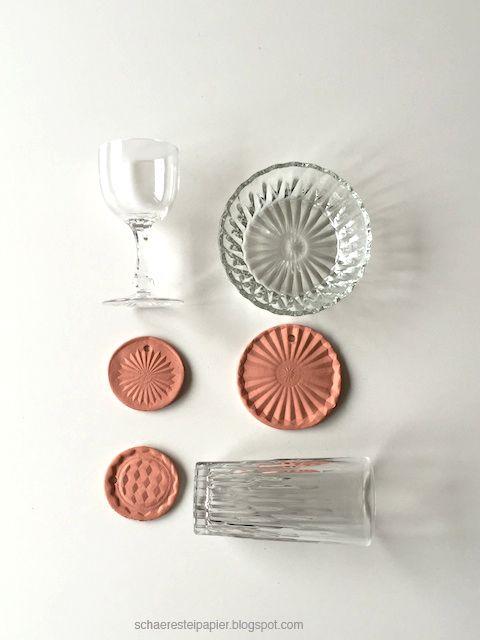 schaeresteipapier: Abdrücke in Ton - Ornamente für Weihnachten; clay, imprint, crystal glass, pendant, christmas