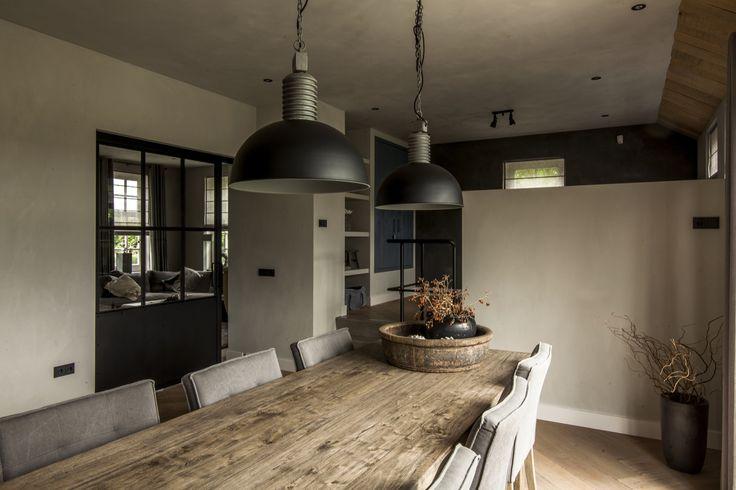 Atelier op Zolder- warme en stoere interieurs.