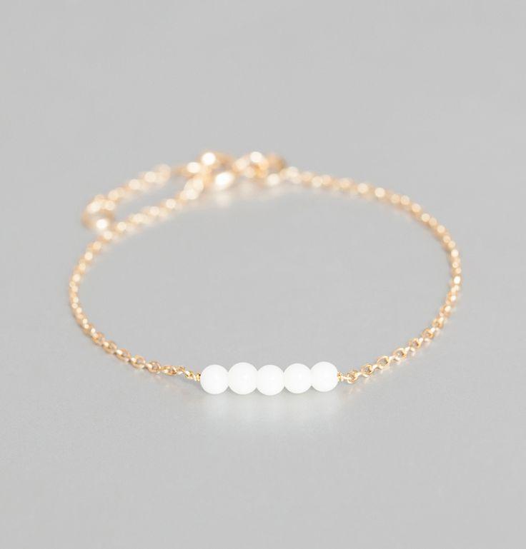 Bracelet Mini Perles Blanc Delphine Pariente en vente chez L'Exception