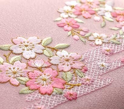 日本刺繍の小物 - Google Search