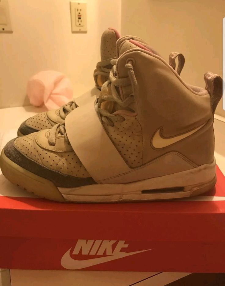 "[LC] Air Yeezy 1 ""Tan"""
