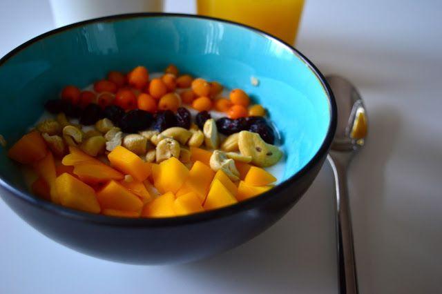 Viikonloppukokki: Mangolta ja tyrniltä maistuva tuorepuuro