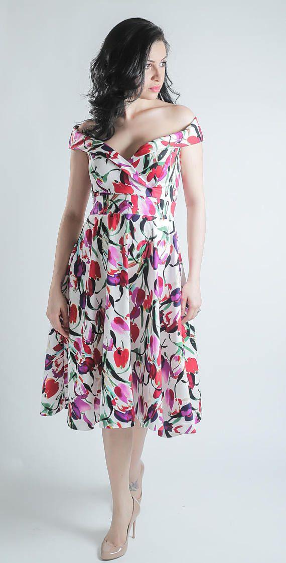 Vestido tulipán vestido flores vestido rojo púrpura y