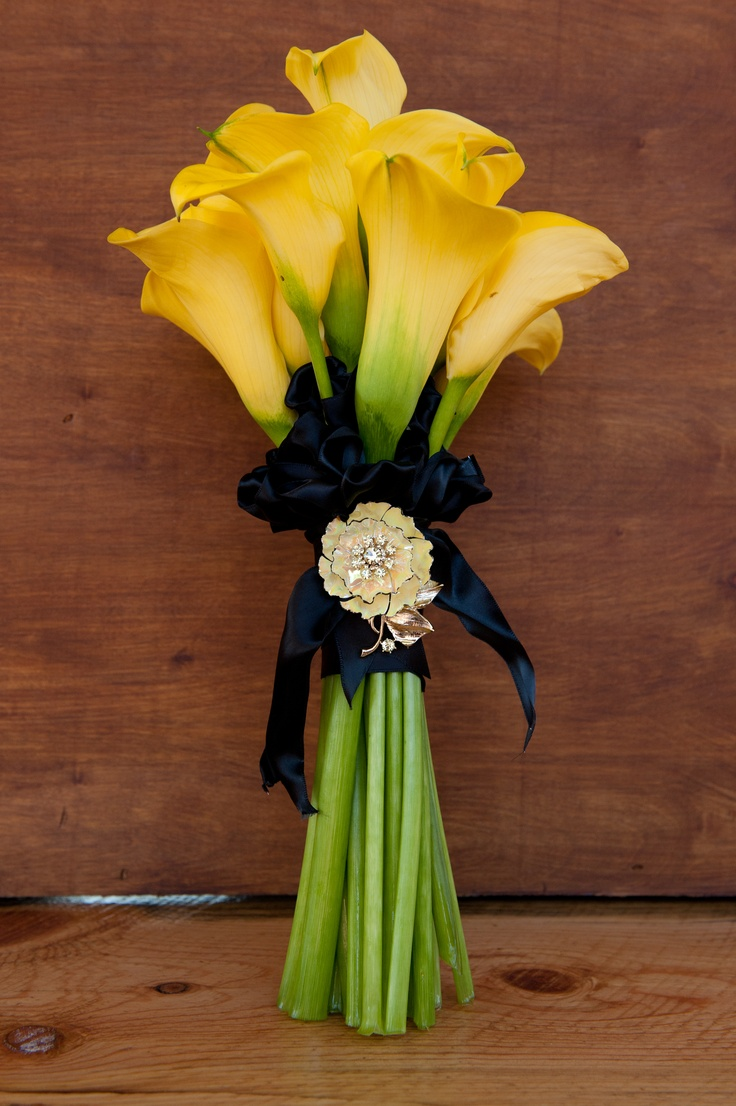 17 best calla lily bridal bouquet images on pinterest bridal yellow calla lily bridal flowers florals by rhonda llc heather grey photography dhlflorist Images