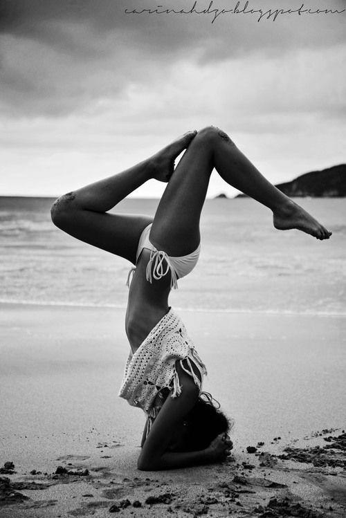 Yoga at the beach #girlzactive #yogacamp