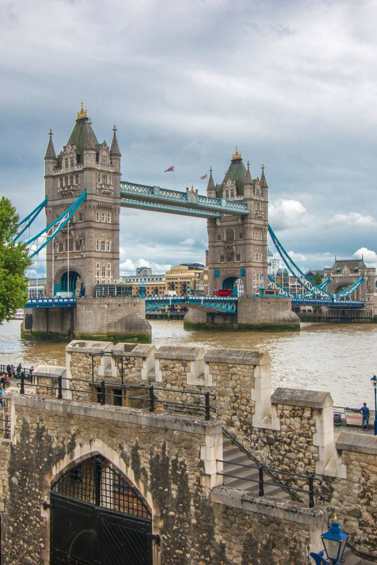 Tower Bridge / London, United Kingdom / This fascinating bridge is not only one of London's icons, but also one of the best-known bridges in the world. Tower Bridge's construction started in 1886 and it took only 8 years to be finished. The views from the top are amazing as the towers feature a glass floor walkway.