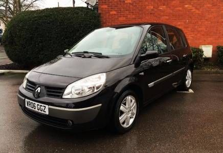 Renault Scenic 1.5 dci Dynamique 5dr Price - £2495 This is a very nice example with full service history. Perfect diesel MPV for families, safe and reliable returning excellent MPG.